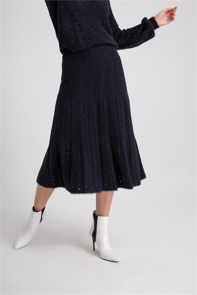 Feathered Knitwear Skirt With Ajour Rope Black