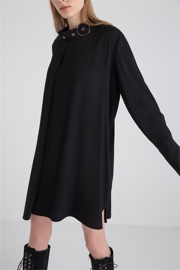 Knitwear Blouse With Hoop Accessory Collar Black